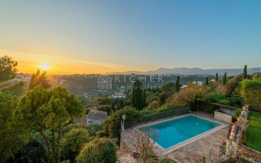 Superbe Villa 250 m² avec piscine