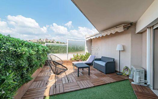 Superbe 3 Pièces toit terrasse avec double garage